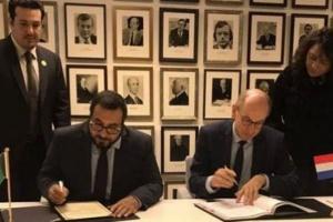الكويت وهولندا توقعان اتفاقية للنقل الجوي بلاهاي