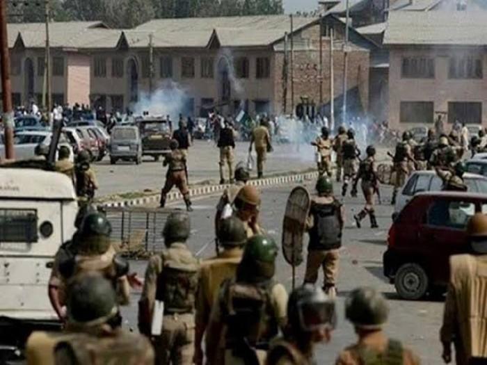 مقتل 4 مدنيين إثر اشتباكات بين الهند وباكستان بإقليم كشمير