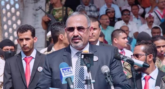 شاهد.. مواقف تؤكد حرص الرئيس الزبيدي على مصلحة الجنوبيين