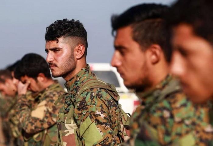 شاهد.. الأكراد يدفنون أبنائهم بعد قصفهم من جيش أردوغان
