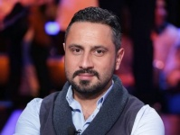 قيس الشيخ نجيب يكشف كيف نجت أسرته من حرائق لبنان؟ (فيديو)