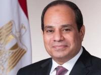 الرئيس المصري يطمئن على صحة أمير الكويت