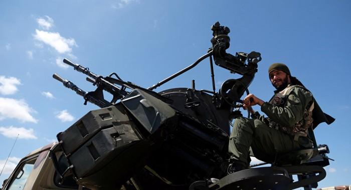 ليبيا.. غارات جوية تستهدف معسكرات مليشيات قوات الوفاق بطرابلس