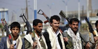 """الحوثيون ينهبون """"الإنسانية"""".. أدوية الفقراء تعالج جرحى المليشيات على الجبهات"""