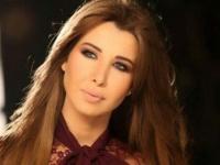 """نانسي عجرم عن لبنان :""""بفديك بروحي وبولادي لأنك لابس الأرزة"""""""