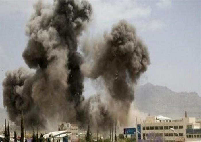 تفاصيل مقتل وإصابة عشرات الحوثيين في انفجار أحد المباني بالحديدة