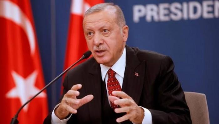 صحيفة الرياض السعودية: أردوغان يبيع الوهم لشعبه وحلفاؤه