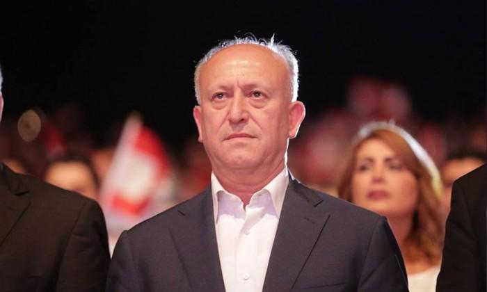 """""""لن نرضى بالمسكنات"""".. وزير لبناني سابق يُطالب الحريري بالخروج من الحكومة"""