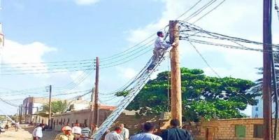 حملة لقطع التيار الكهربائي عن المتخلفين من السداد بـ لحج