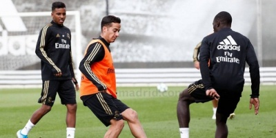 فاسكيز يشارك في تدريبات ريال مدريد استعدادا لجالاطا سراي