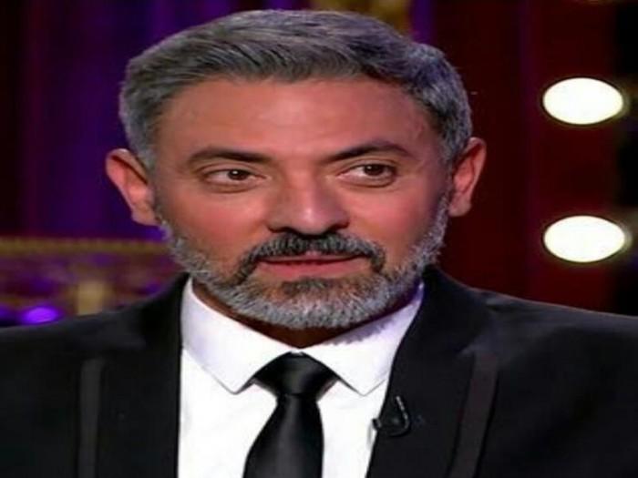 """فتحي عبدالوهاب يشيد بفيلم """"ما تعلاش عن الحاجب"""""""