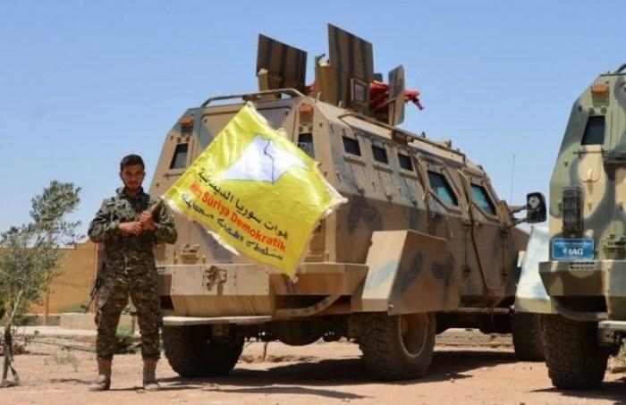 قوات سوريا الديمقراطية تثني على روسيا لنزع فتيل الحرب