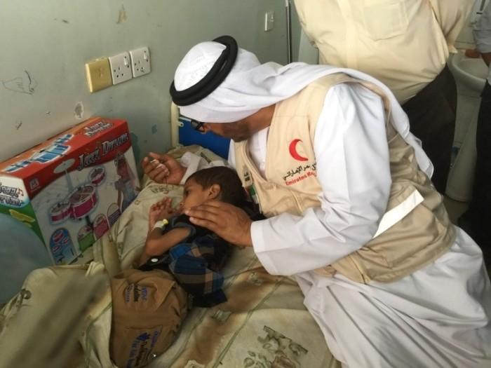 """""""البيان"""": عطاء الإمارات ساعد العالم في استئصال مرض شلل الأطفال"""