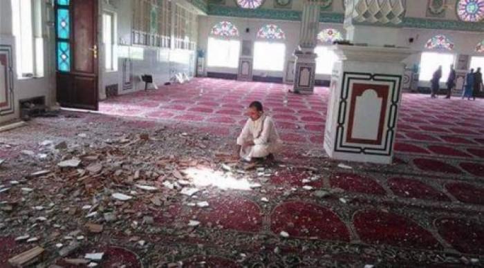 """لماذا أغلق الحوثيون """"مساجد سنحان"""" أمام مصلي الجمعة؟"""