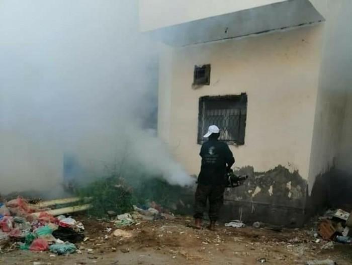 إطلاق حملة الرش الضبابي في مديرية الشيخ عثمان (صور)