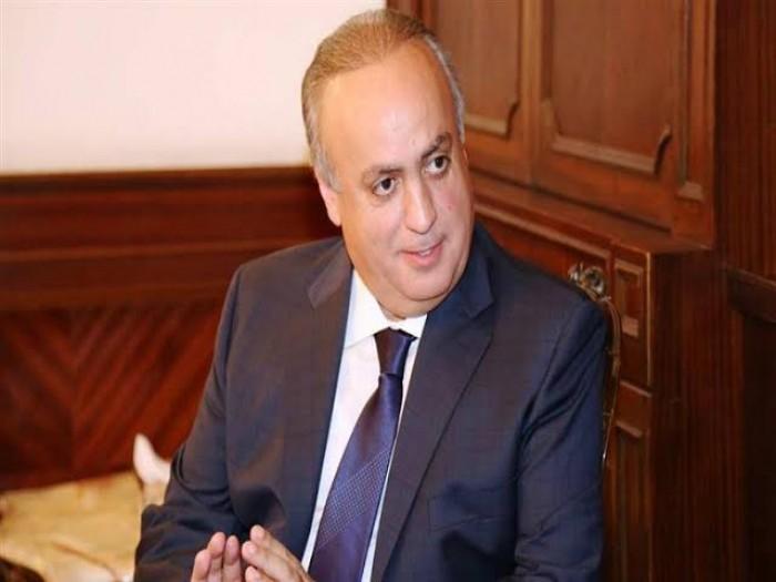 """""""شيء مريب يحدث"""".. تفاصيل تغريدة مثيرة لسياسي لبناني بارز"""