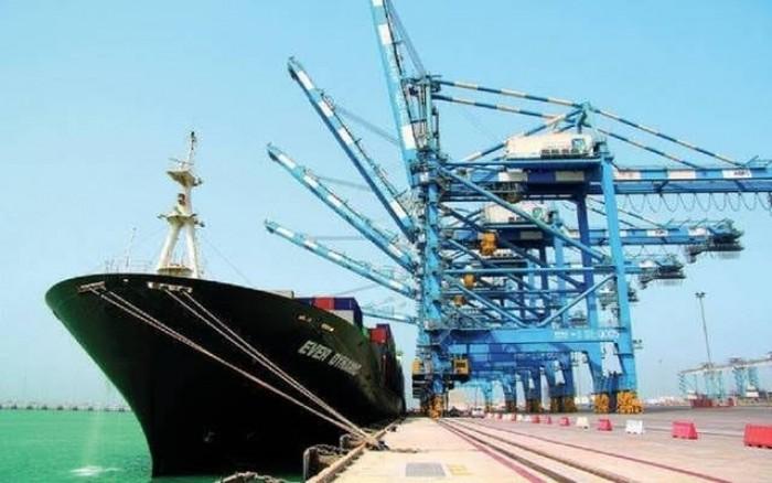 الإمارات تطور موانئ الظفرة بنحو 136 مليون دولار