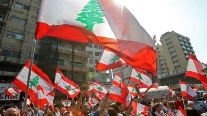 الحبتور يتسائل: أين المجتمع الدولي والجامعة العربية من انتفاضة لبنان؟
