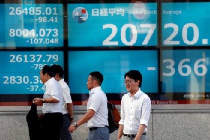 نيكي الياباني يصعد 0.37% في بورصة طوكيو