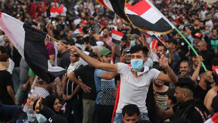 سياسي سعودي: قرارات الحكومة لن تصمد أمام غضب الشعب العراقي