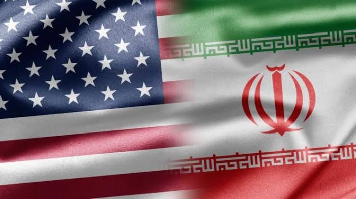 الهميل ينتقد سياسة الإدارة الأمريكية تجاه إيران