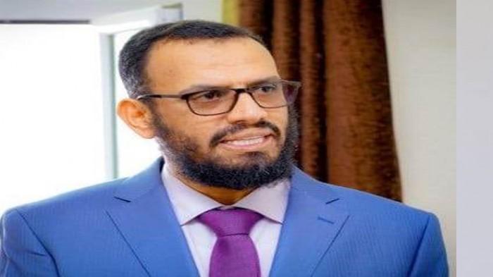 بن بريك يؤكد إيواء الحوثيين والمسيطرين على مأرب للإرهابيين