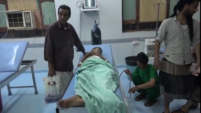 إصابة فتى برصاص قناصة مليشيات الحوثي في التحيتا  (فيديو)