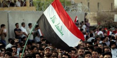 آلاف العراقيون يواصلون التدفق على ساحة التحرير ببغداد