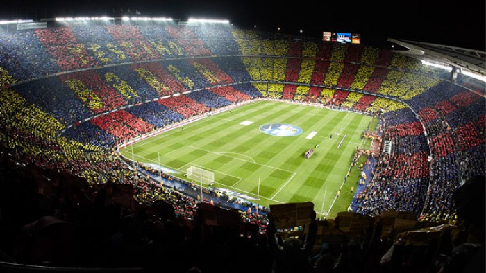 برشلونة يسعى لاستغلال «كامب نو» لتضميد جراحه