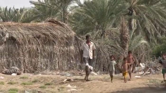 نازحو الحديدة .. حياة بائسة وأوضاع مأساوية بسبب جرائم المليشيات (فيديو)