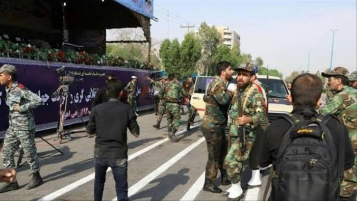 إيران تعتقل مسؤولاً بارزًا بتهمة تلقي رشوة