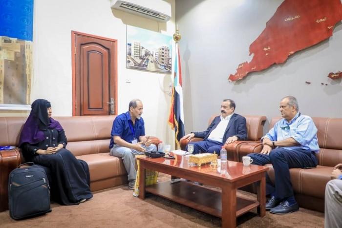 تفاصيل اجتماع بن بريك مع منسق المنظمات الدولية في عدن