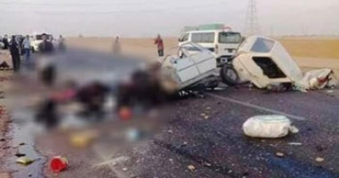 مصر.. إصابة 37 مواطنًا إثر حادث اصطدام حافلة رحلات بكثبان رملية