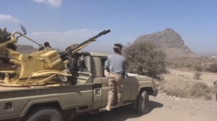 فرار مليشيا الحوثي بعد هجوم مدفعي فاشل على القوات المشتركة في حيس
