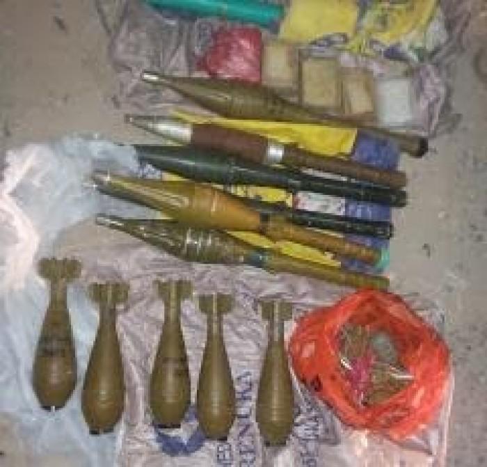 ضبط سيارة تحمل كمية ذخائر لأسلحة متنوعة بالديس الشرقية