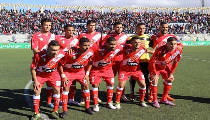 مولودية وهران يستعيد المركز الثالث في الدوري الجزائري