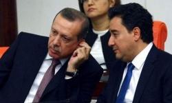 استقالة عضوان بارزان من حزب العدالة والتنمية التركي