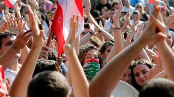 كاتب سعودي: لبنان أصبح على وشك الإفلاس