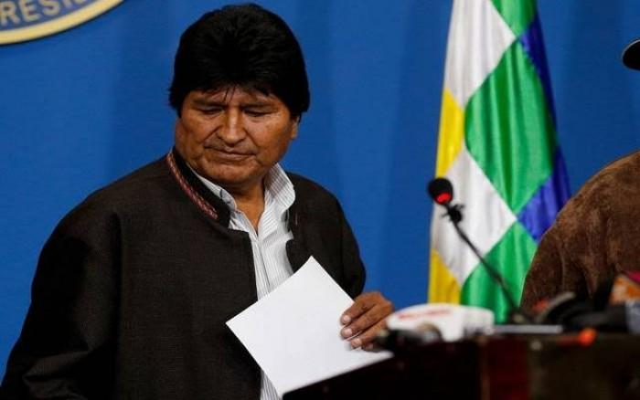 تعليق ناري من إعلامي أردني على استقالة رئيس بوليفيا