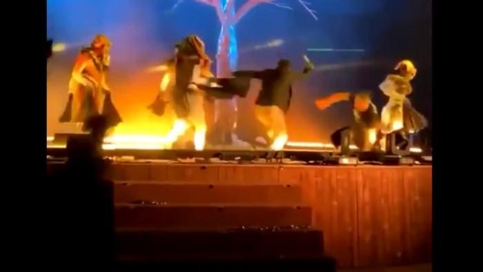 الأجهزة الأمنية السعودية تقبض على منفذ طعن أعضاء فرقة مسرحية