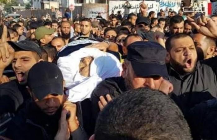 """آلاف الفلسطينيين يشيعون جنازة بهاء أبو العطا القيادي في """"الجهاد الإسلامي"""""""