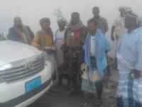قوات الحزام الأمني تستعيد سيارة مسروقة في جعار