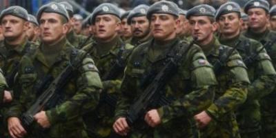 التشيك تخطط لتوقيع اتفاق مع أمريكا لشراء 12 مروحية عسكرية