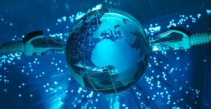 """لتوفير الإنترنت من الفضاء.. شركة أمريكية تطلق كوكبة الأقمار الاصطناعية """"ستارلينك"""""""