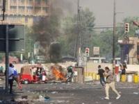 قوات الأمن العراقية تطوق ساحة الخلاني في بغداد بالكتل الإسمنتية