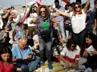 رئيس لبنان يطلب لقاء وفود ممثلة عن تجمعات المتظاهرين بعبدا ورفضوا