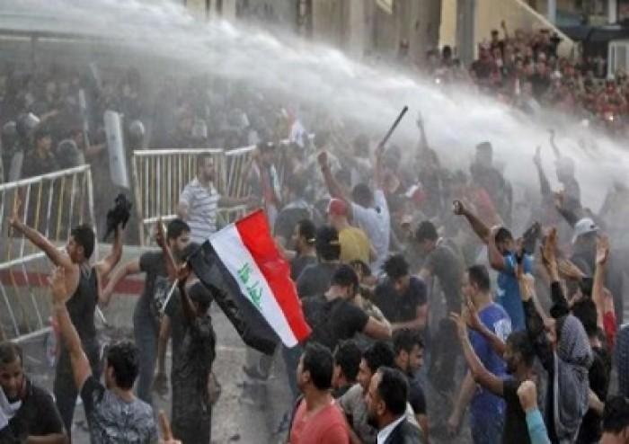 بغداد.. مصرع محتجين وإصابة 35 آخرين بعد إطلاق الغاز المسيل للدموع