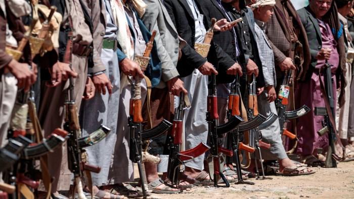 كيف انعكست احتجاجات لبنان والعراق على المليشيات الحوثية؟