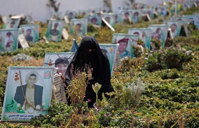 مقابر المليشيات الجديدة.. إقرار حوثي بالانكسار
