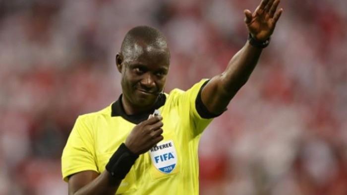 الفيفا يختار 4 حكام أفارقة للمشاركة في مونديال الأندية